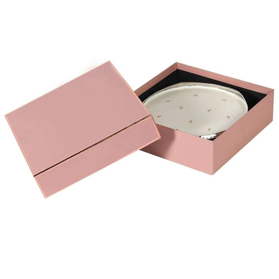 Round 10 wick, tuberose scented candle - gift boxed